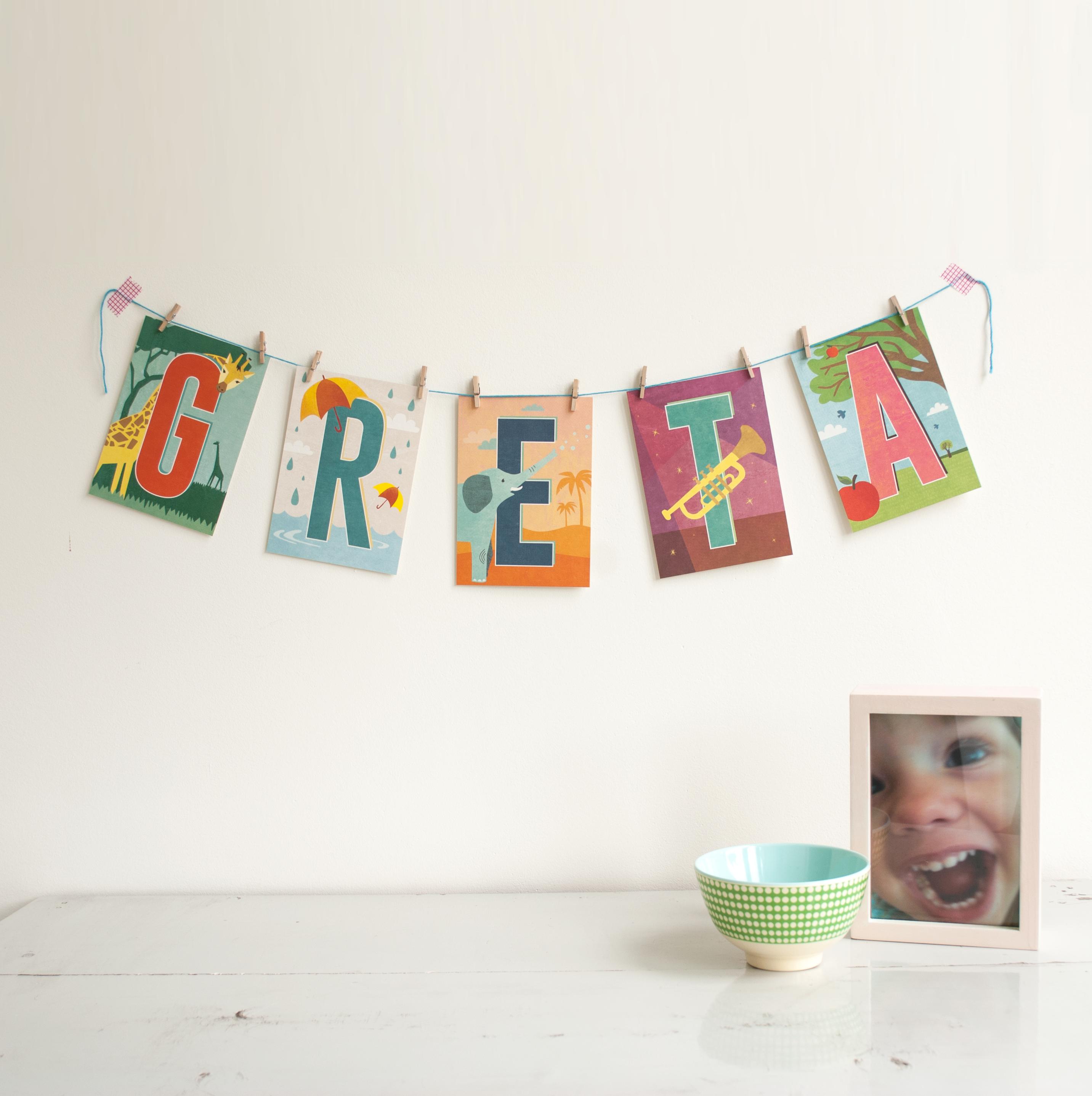 Buchstaben-Postkarten